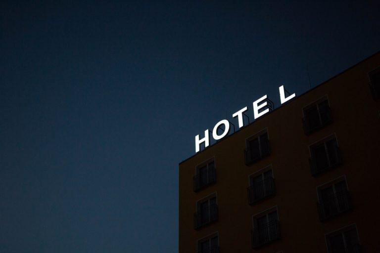 Koronawirus a hotele